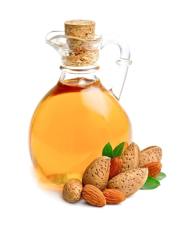 Prunus Amygdalus Sweet Almond Oil